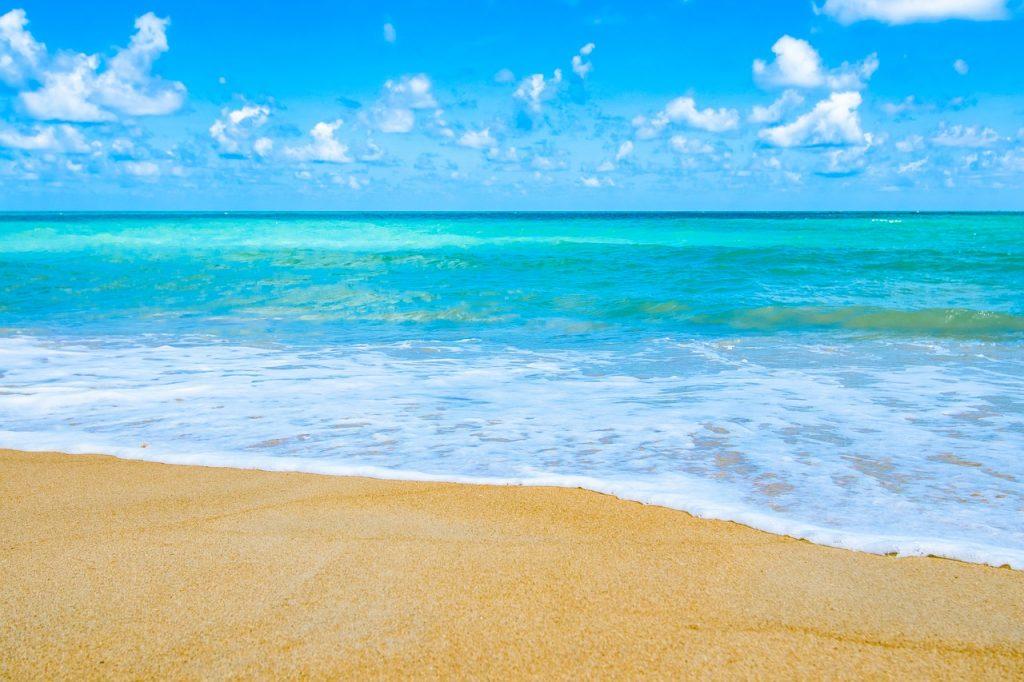 日本一綺麗なビーチは沖縄本島北...
